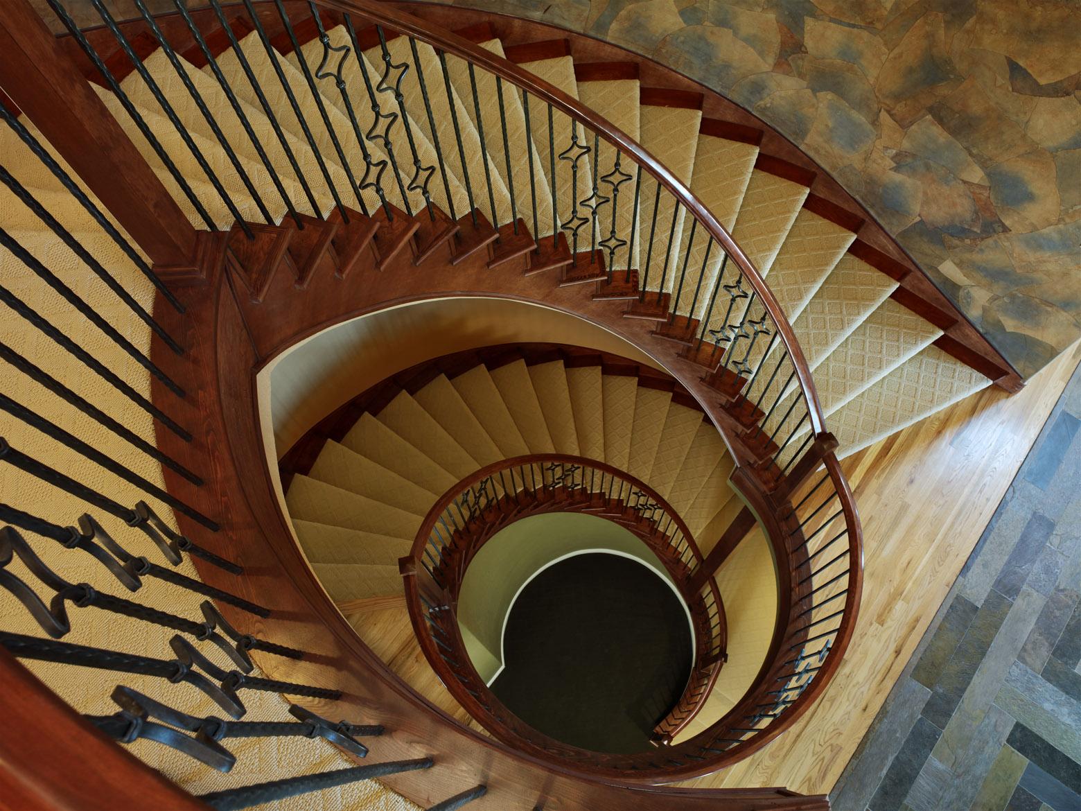 Trevor Pryce staircase